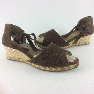 UGG sandals w ties woven wedge heels/sheepskin 9